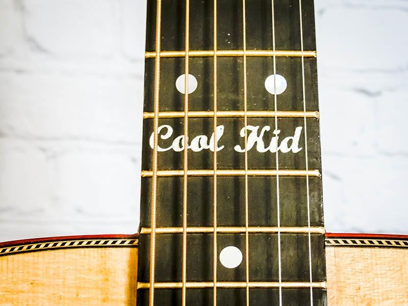Toir-Cool-Guitars